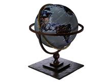 地球与地球仪高清晰壁纸