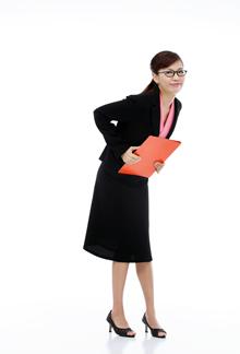 戴眼镜的女人高清图